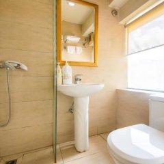 Отель Holiday Apartment Hotel Китай, Шэньчжэнь - отзывы, цены и фото номеров - забронировать отель Holiday Apartment Hotel онлайн ванная фото 2