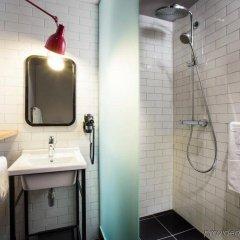 Отель pentahotel Liège Бельгия, Льеж - 1 отзыв об отеле, цены и фото номеров - забронировать отель pentahotel Liège онлайн ванная
