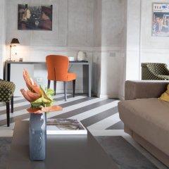 Отель Luxury Hotel Fifty House Италия, Милан - 4 отзыва об отеле, цены и фото номеров - забронировать отель Luxury Hotel Fifty House онлайн интерьер отеля фото 3