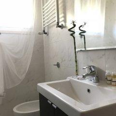 Отель Palazzo Azzarita By Holiplanet Италия, Болонья - отзывы, цены и фото номеров - забронировать отель Palazzo Azzarita By Holiplanet онлайн ванная