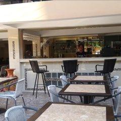 Отель Patamnak Beach Guesthouse Таиланд, Паттайя - отзывы, цены и фото номеров - забронировать отель Patamnak Beach Guesthouse онлайн бассейн фото 2