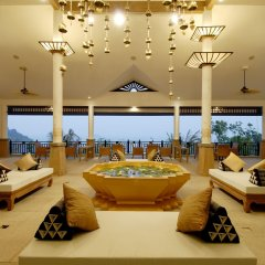 Отель Supalai Resort And Spa Phuket интерьер отеля