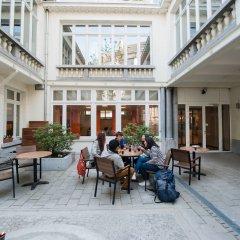 Jacques Brel Youth Hostel Брюссель интерьер отеля фото 3