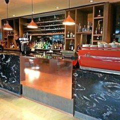 Clayton Hotel Chiswick гостиничный бар