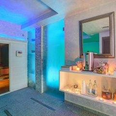 Отель Ferretti Beach Resort Римини сауна