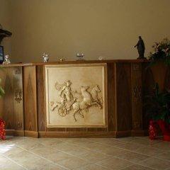 Отель Agriturismo Tenuta Quarto Santa Croce интерьер отеля