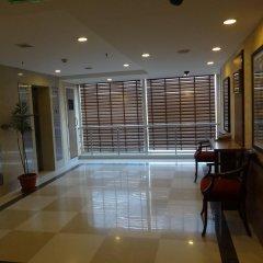 Отель Tulip Inn West Delhi интерьер отеля