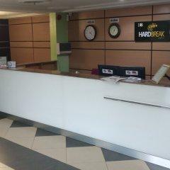 Отель Hard Break Hotel and Suite Нигерия, Энугу - отзывы, цены и фото номеров - забронировать отель Hard Break Hotel and Suite онлайн интерьер отеля фото 2