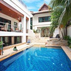 Отель Angels Villa бассейн