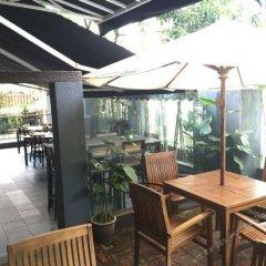 Отель OYO 101 V'la Heritage Hotel Малайзия, Куала-Лумпур - отзывы, цены и фото номеров - забронировать отель OYO 101 V'la Heritage Hotel онлайн питание