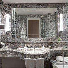 Отель Grand Hotel Tremezzo Италия, Тремеццо - 2 отзыва об отеле, цены и фото номеров - забронировать отель Grand Hotel Tremezzo онлайн ванная фото 2