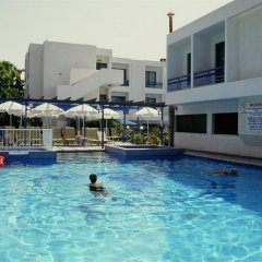 Nereus Hotel бассейн фото 3