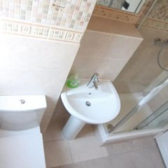 Апартаменты 4 Bedroom Apartment in Kilburn With Private Balcony ванная фото 2