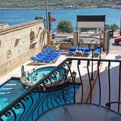 Отель White Dolphin Complex балкон