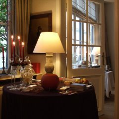 Отель De Koning van Spanje Антверпен в номере фото 2