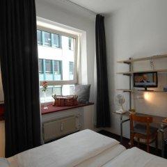 Отель Pension Am Jakobsplatz Мюнхен комната для гостей фото 4