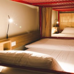 D Hostel Bangkok Бангкок комната для гостей фото 2