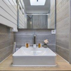 Апартаменты Sweet inn Apartments Palais Royal ванная фото 2