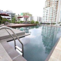 Отель Oakwood Residence Sukhumvit 24 Бангкок бассейн фото 3