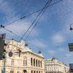 Отель De Luxe Suite Staatsoper by Welcome2Vienna Австрия, Вена - отзывы, цены и фото номеров - забронировать отель De Luxe Suite Staatsoper by Welcome2Vienna онлайн балкон