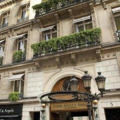 Отель Park Hyatt Paris Vendome вид на фасад