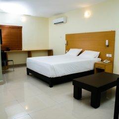 Отель Adis Hotels Ibadan сейф в номере