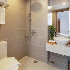 Отель Libra Nha Trang Hotel Вьетнам, Нячанг - отзывы, цены и фото номеров - забронировать отель Libra Nha Trang Hotel онлайн ванная фото 2
