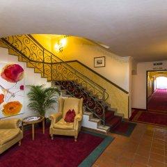 Отель HUBERTUSHOF Аниф интерьер отеля фото 2