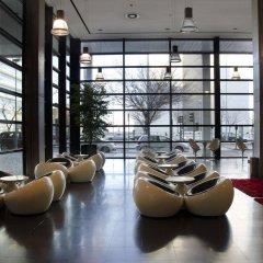 Отель VIP Executive Art's гостиничный бар