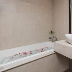 Отель Au Coeur dHanoi Boutique Hotel Вьетнам, Ханой - отзывы, цены и фото номеров - забронировать отель Au Coeur dHanoi Boutique Hotel онлайн ванная фото 2