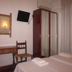 Отель Hostal Esmeralda комната для гостей фото 5