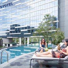 Отель Novotel Singapore on Stevens бассейн фото 3