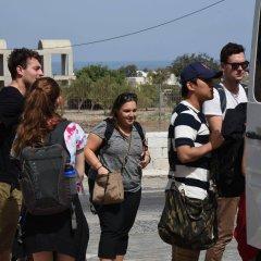 Отель Holiday Beach Resort Греция, Остров Санторини - отзывы, цены и фото номеров - забронировать отель Holiday Beach Resort онлайн городской автобус