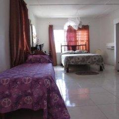 Отель Tina's Guest House Ямайка, Монастырь - отзывы, цены и фото номеров - забронировать отель Tina's Guest House онлайн комната для гостей