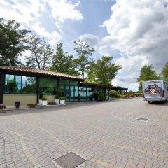 Отель Flaminio Village Bungalow Park парковка