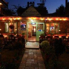 Отель Fairmount Hotel Непал, Покхара - отзывы, цены и фото номеров - забронировать отель Fairmount Hotel онлайн гостиничный бар