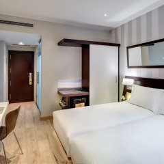 Отель Sercotel Madrid Aeropuerto Мадрид комната для гостей