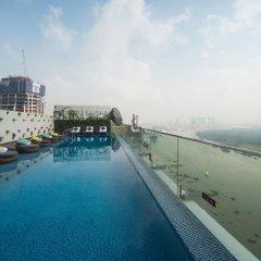 Liberty Central Saigon Riverside Hotel бассейн фото 3