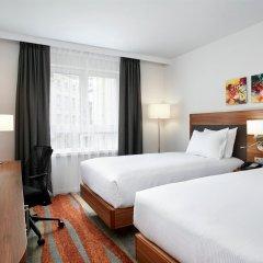 Отель Hilton Garden Inn Brussels City Centre Бельгия, Брюссель - 4 отзыва об отеле, цены и фото номеров - забронировать отель Hilton Garden Inn Brussels City Centre онлайн комната для гостей фото 4