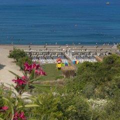 Oz Hotels SUI Турция, Аланья - 1 отзыв об отеле, цены и фото номеров - забронировать отель Oz Hotels SUI - All Inclusive онлайн пляж
