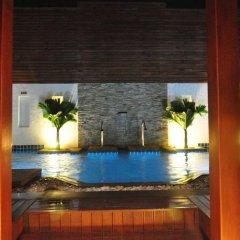 Отель Arimana бассейн