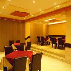 Отель Amigos - Full Board Болгария, Аврен - отзывы, цены и фото номеров - забронировать отель Amigos - Full Board онлайн помещение для мероприятий