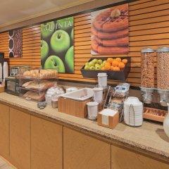 Отель La Quinta Inn & Suites Meridian питание