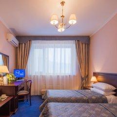 Гостиница Салют 4* Стандартный номер с 2 отдельными кроватями