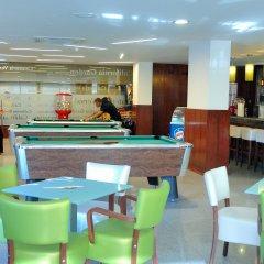 Отель California Garden гостиничный бар