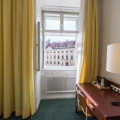 Отель Benediktushaus Австрия, Вена - отзывы, цены и фото номеров - забронировать отель Benediktushaus онлайн удобства в номере фото 2