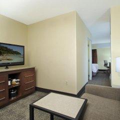 Отель Hampton Inn & Suites Columbus - Downtown комната для гостей