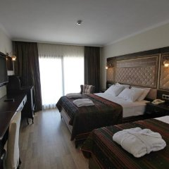 Отель Royal Palace Kusadasi комната для гостей фото 3