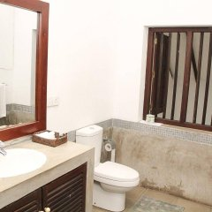 Отель Fort Bliss Шри-Ланка, Галле - отзывы, цены и фото номеров - забронировать отель Fort Bliss онлайн ванная