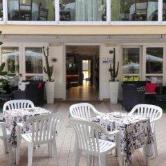 Hotel Sandra Римини фото 3